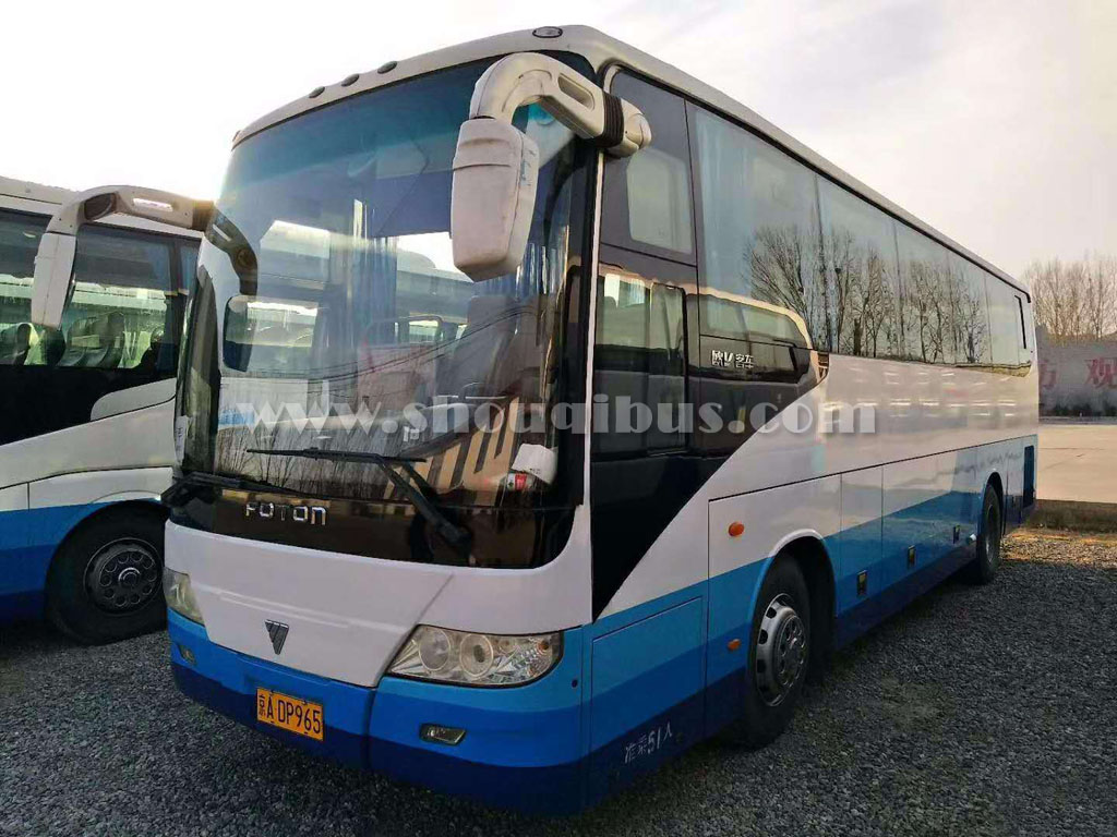北京50座大巴车租车带司机费用多少?