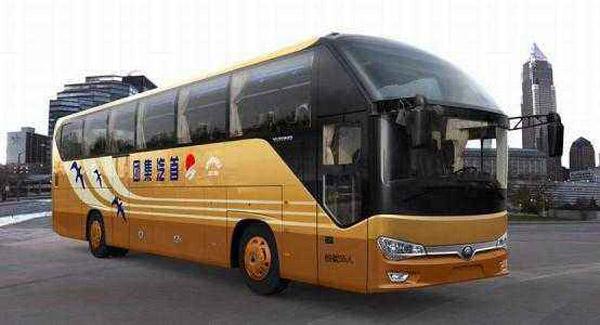 北京大巴车租赁:50座新款宇通ZK6128HQ