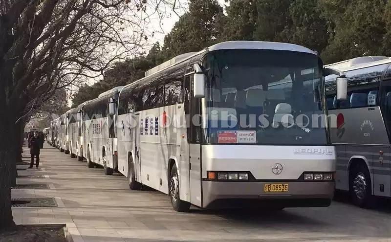 北京大巴车租(带司机)一天多少钱?