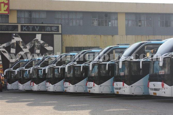 北京首都机场接送机租大巴车多少钱一趟?