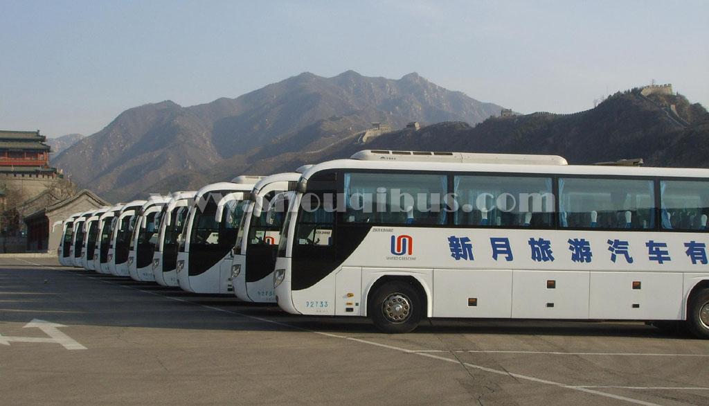 北京旅游大巴车租赁价格多少钱一天?