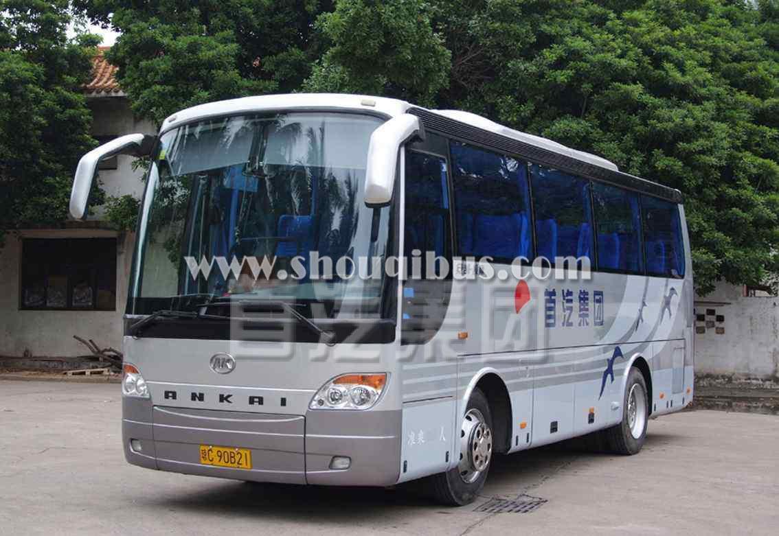 首汽安凯旅游巴士(可乘坐34人)