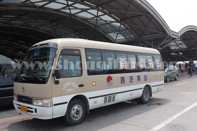 北京外出旅游选择包车还是选择租车好?